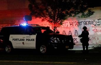 ABD'de polis, Trump destekçisi aktivistin katil zanlısını gözaltına alırken öldürdü