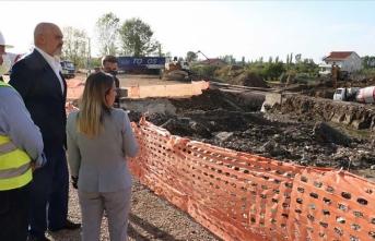 Arnavutluk Başbakanı Türkiye tarafından inşa edilecek konut bölgesini ziyaret etti