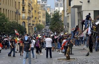 Beyrut'ta güvenlik güçleri protestoculara müdahale etti