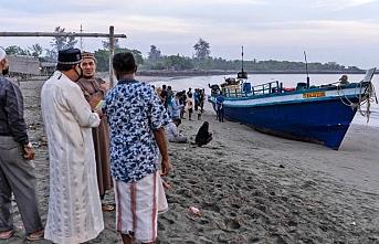 Endonezya: Arakanlı Müslümanların ülkelerine geri dönmesi sağlanmalı