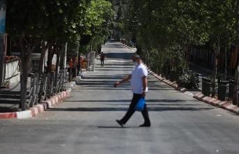 Filistin'de olağanüstü hal koronavirüs nedeniyle 1 ay daha sürecek
