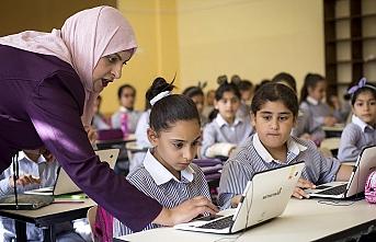 Filistin'de koronavirüs nedeniyle kapalı olan okullar yeniden açıldı