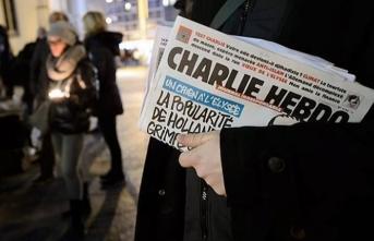 Fransız medyası Charlie Hebdo'ya destek vermeye devam ediyor