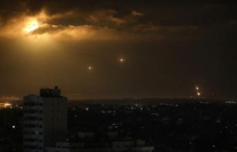 Gazze'den İsrail'e roket atıldı: 2 yaralı