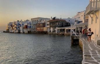 İngiltere, 7 Yunan adasından geleceklere 14 günlük karantina şartı getirdi