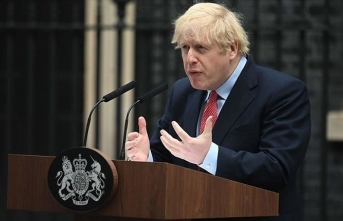 İngiltere Başbakanı Johnson'dan Kovid-19'a karşı alınan yeni önlemlere uyun çağrısı