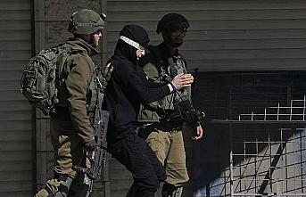 İşgalci İsrail Şeria'nın batısında yaraladıkları iki kardeşi gözaltına aldı