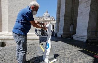 İtalya'da toplam vaka sayısı 300 bini geçti