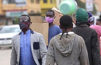 Kenya'da tüm yerel idareler kepenk kapatıyor