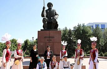 Kırgızistan'da Komuz Günü kutlanıyor