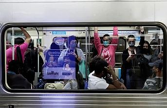 Koronavirüsün artmasında toplu ortam uyarısı
