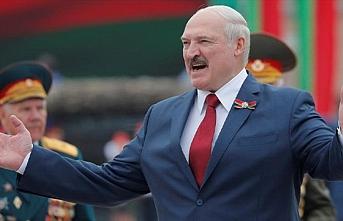 Lukaşenko: Navalnıy'ın zehirlendiği tamamen sahte