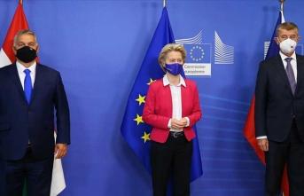 Macaristan, AB'ye yasa dışı hiç kimsenin kabul edilmemesi gerektiğini düşünüyor