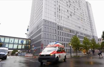 'Merkel, Rus muhalif Navalnıy'ı hastanede ziyaret etti'