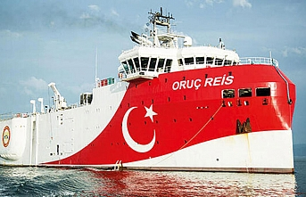 Navtex süresi doldu, Oruç Reis Antalya Körfezi'ne demirledi