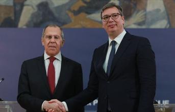 Rusya Dışişleri Bakanı Lavrov ve Sırbistan Cumhurbaşkanı Vucic telefonda görüştü