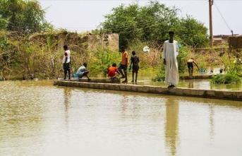 Sudan'da acil durum ilan edildi