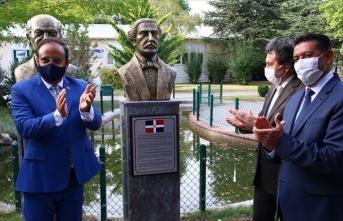 Ankara'da Dominik Cumhuriyeti'nin kurucusunun büstü açıldı