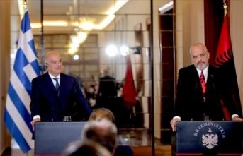 Arnavutluk ve Yunanistan Lahey'e gidiyor