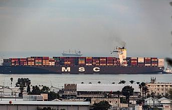 Emirliğin gemisi İsrail'in Hayfa Limanı'na girdi