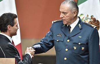 Eski Meksika Savunma Bakanı gözaltına alındı