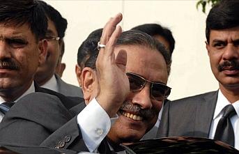 Eski Pakistan Cumhurbaşkanı Zerdari hastaneye kaldırıldı