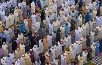 Fas'ta Müslümanlar Cuma Namazına kavuştu