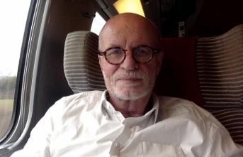 Fransız siyaset bilimci, Charlie Hebdo dergisinin kirli geçmişini anlattı