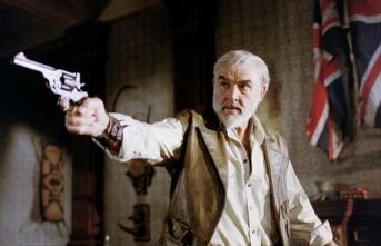 İlk James Bond hayatını kaybetti