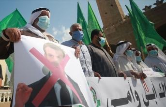 İsrail vatandaşı Filistinlilerden Fransa'ya protesto