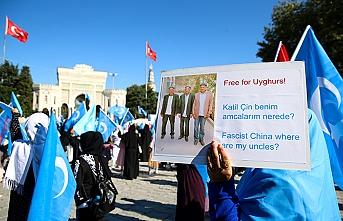 İstanbul'daki Doğu Türkistanlılar Çin'i protesto etti
