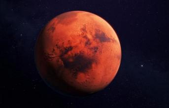 Mars ile Dünya bu gece birbirine en yakın konuma gelecek