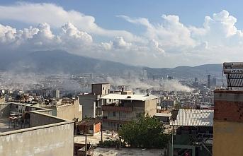 Murat Kurum: Enkaz altında vatandaşlar var