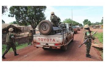 Orta Afrika Cumhuriyeti'nde isyancılar ile güvenlik güçleri çatıştı