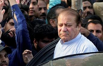 Pakistan eski Başbakanı İngiltere'den geri istendi