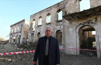 Ağdamlılar 'hayalet şehre' dönen memleketlerini görkemli günleriyle hatırlıyor