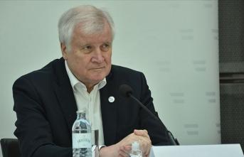 Almanya İçişleri Bakanı: Müslüman düşmanı tutumlar toplumsal barış için tehdittir