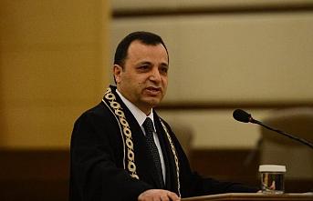 AYM Başkanı Arslan, karantinaya alındı