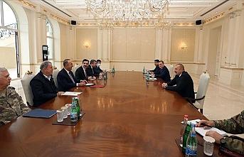 Azerbaycan Cumhurbaşkanı Aliyev, Mevlüt Çavuşoğlu ve Hulusi Akar'ı kabul etti