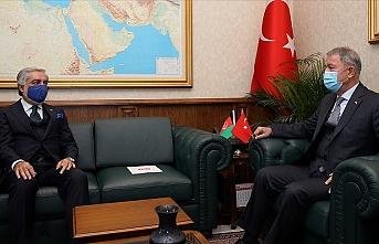 Bakan Akar Afganistan Milli Uzlaşı Yüksek Konseyi Başkanı ile görüştü