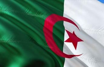 Cezayir, Kerkerat'taki askeri gerginliğin bir an önce durdurulması çağrısı yaptı
