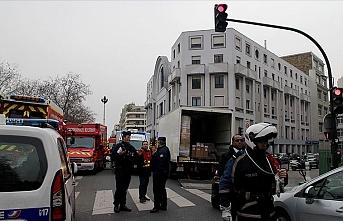 Charlie Hebdo saldırısı davası ertelendi