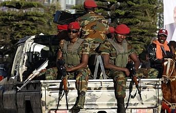 Etiyopya'daki operasyonda komutanlar saf değiştirdi