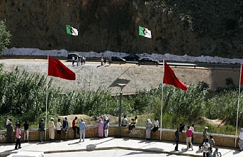 Fas'ta 26 yıldır kapalı olan sınır açılsın talebi
