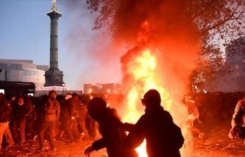 Fransa yanıyor!