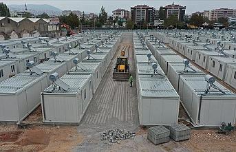 Geçici barınma merkezine 400 konteyner yerleştirildi
