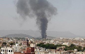 Husiler: Suudi Aramco'nun dağıtım merkezini vurduk