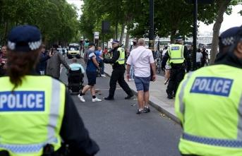 İngiltere'de aşırı sağcı terör tırmanıyor