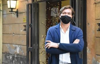 İtalya'da restoran sahipleri getirilen kısıtlayıcı tedbirlere tepkili
