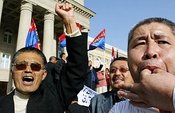 Kırgızistan: Demokrasi mi, istikrarsızlık mı?